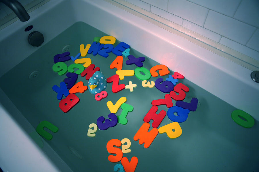 Bath Photograph - Baby Bath by Jose Roldan Rendon