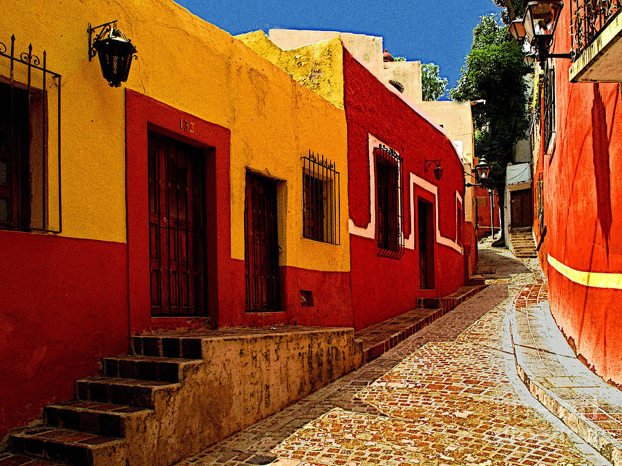 Darian Day Photograph - Back Street Guanajuato by Mexicolors Art Photography
