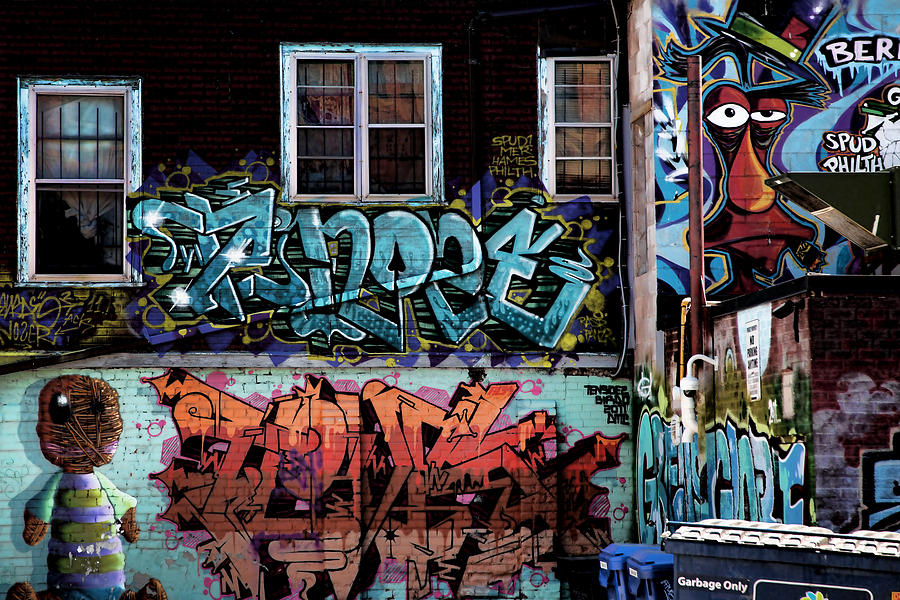 Graffiti Photograph - Backstreet by Joanna Madloch