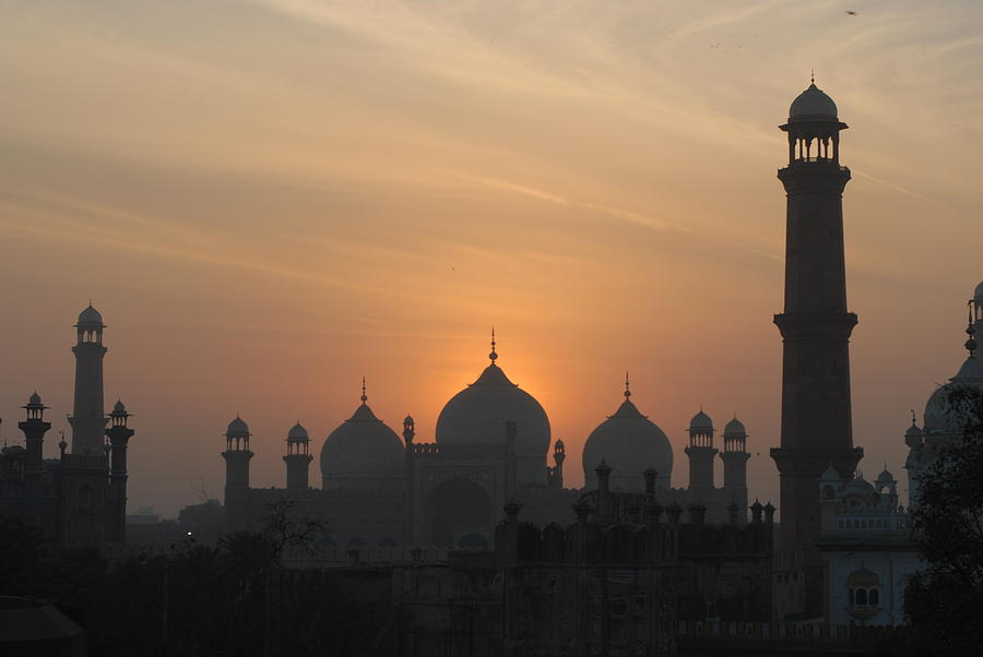 Badshahi Mosque At Sunset, Lahore, Pakistan Photograph by ...