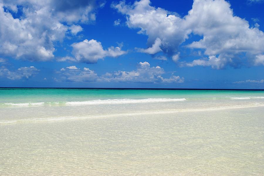 Bahamas Heaven Photograph by Karla Kernz