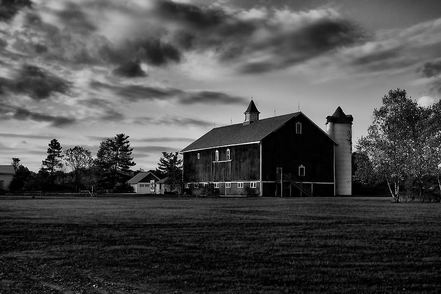 Barlow Photograph - Barlow Farm Park by William Woide