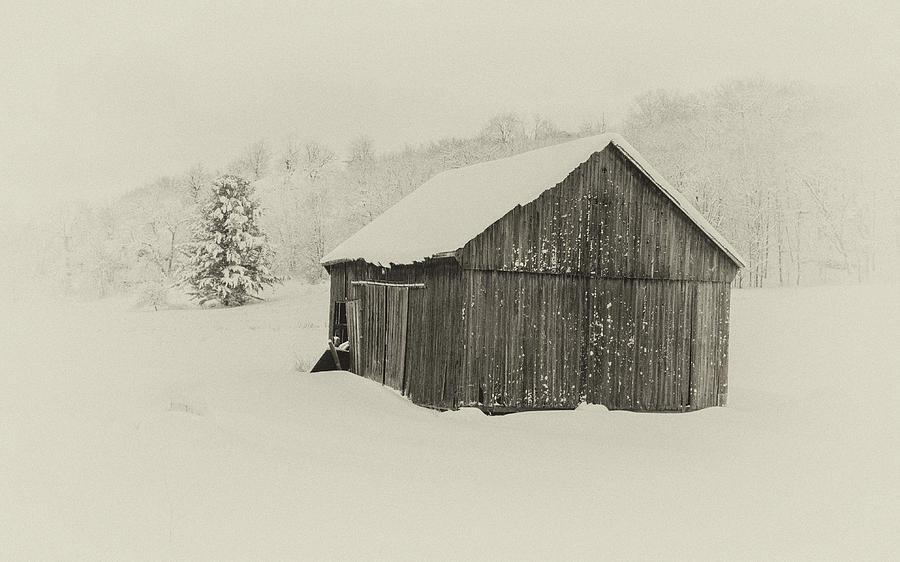 Barn in Winter by Andrew Wilson