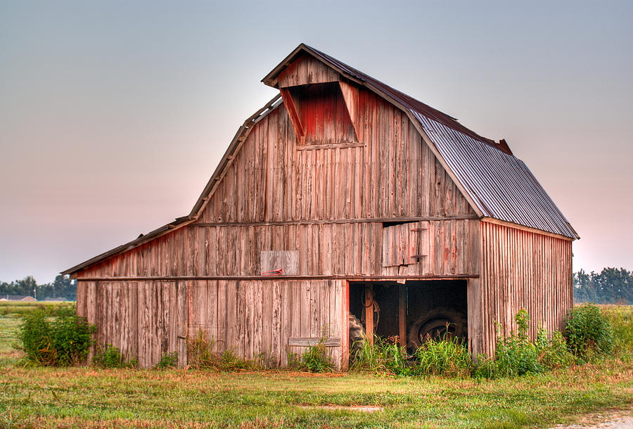Barn Photograph - Barn Near Walnut Ridge Arkansas by Douglas Barnett