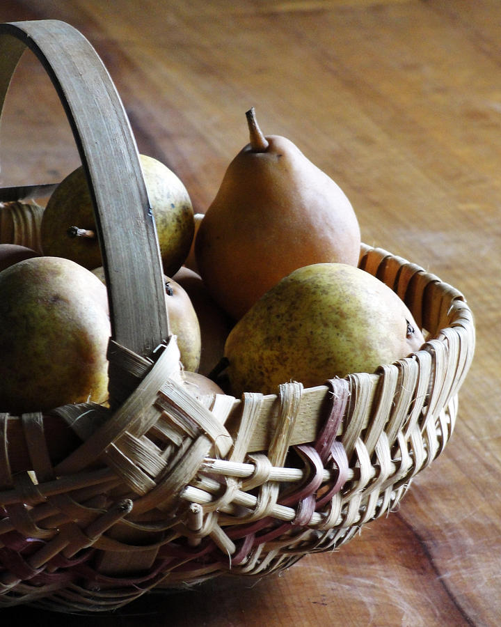 Basket and Pears by Jana Russon