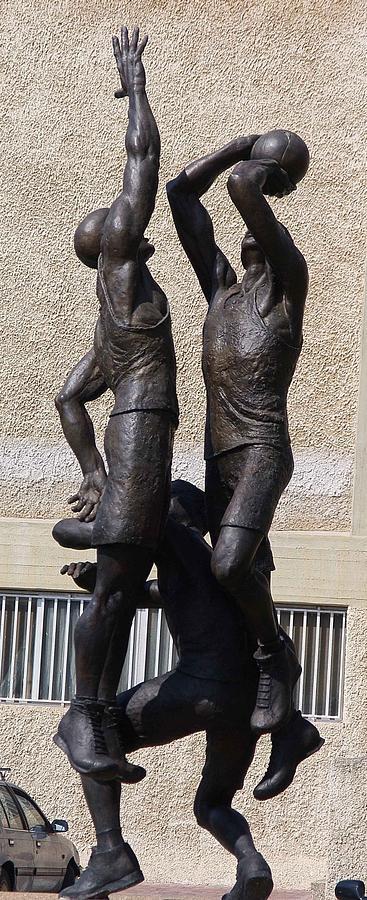 Basketball Players Sculpture by Daniel Baharier