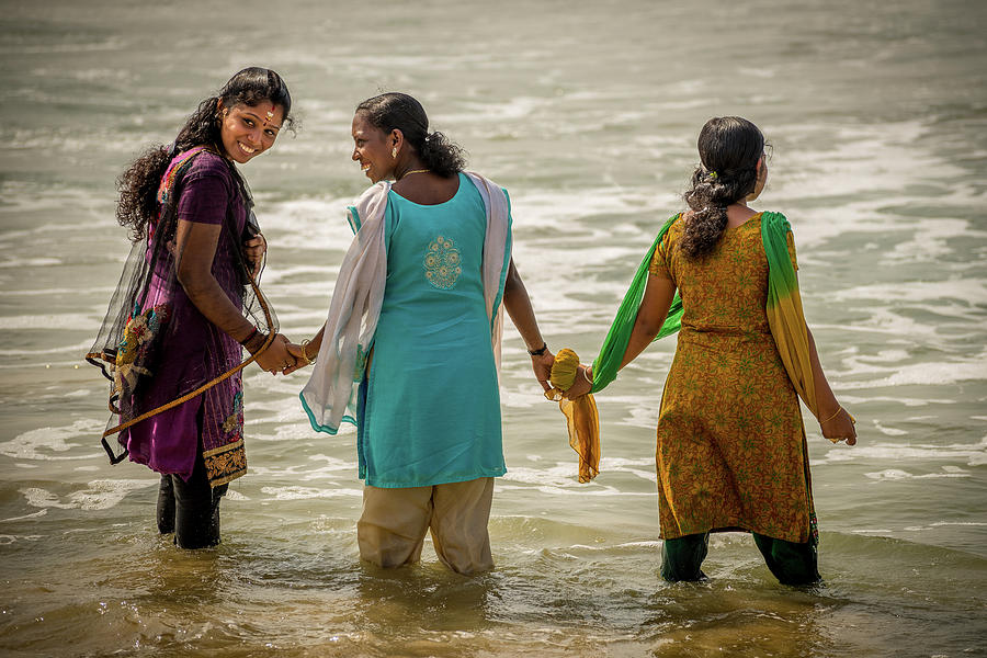 India Photograph - Bathing at Varkala I by Peter OReilly
