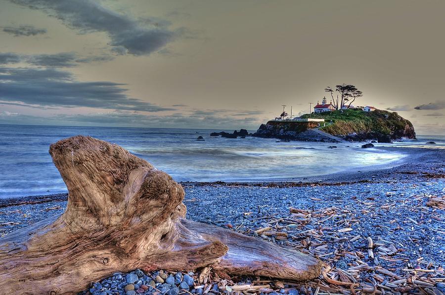 Ocean Photograph - Battery Point 2 by Peter Schumacher