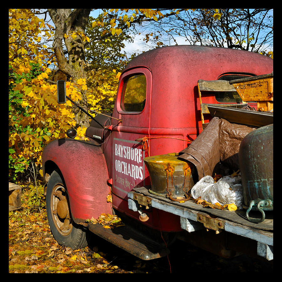 Truck Photograph - Bayshore Orchards by Tim Nyberg