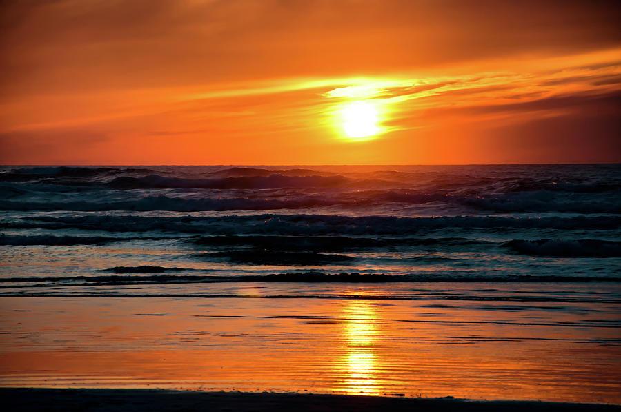 Beach sunset by Bryan Carter