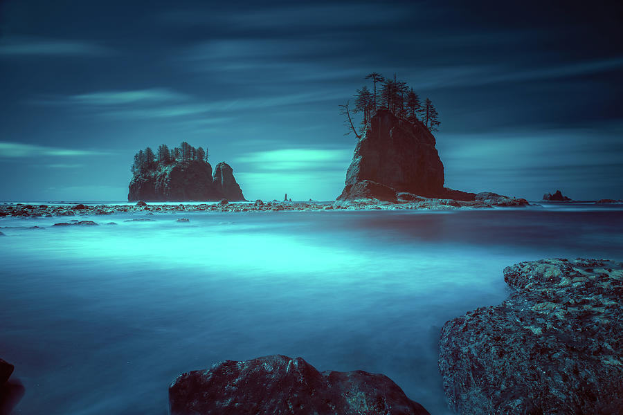 La Push Photograph - Beach With Sea Stacks In Moody Lighting by William Freebilly photography