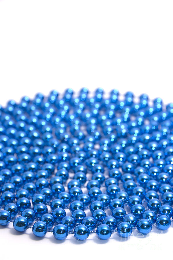 Beads Photograph - Bead Circle Plain by Andy Smy