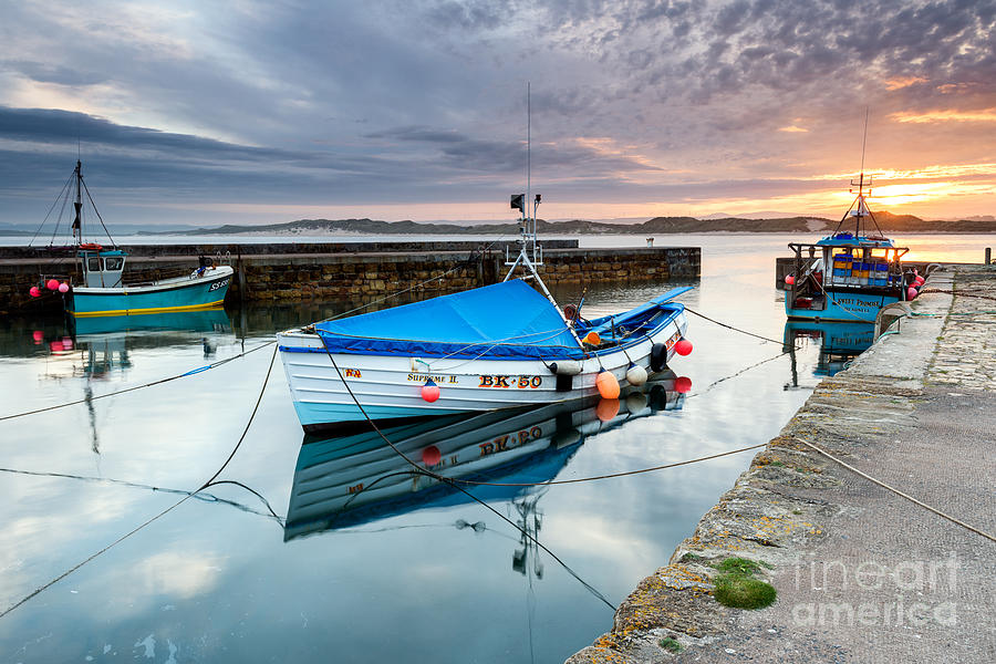 Northumberland Photograph - Beadnell Harbour Sunset by Richard Burdon