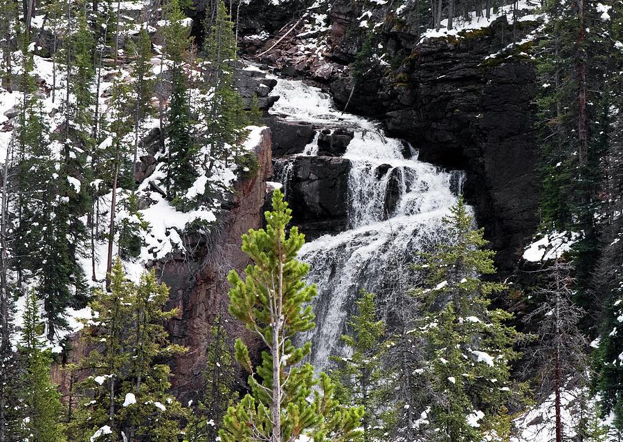 Beartooth Falls by Alex Galkin