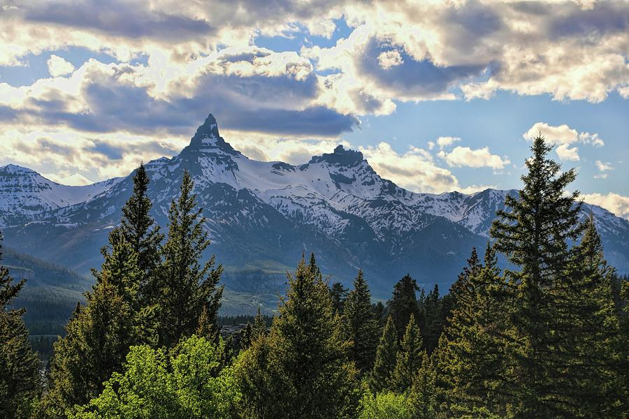 Beartooth Mountains Photograph - Beartooth Mountains In Spring by Dan Sproul