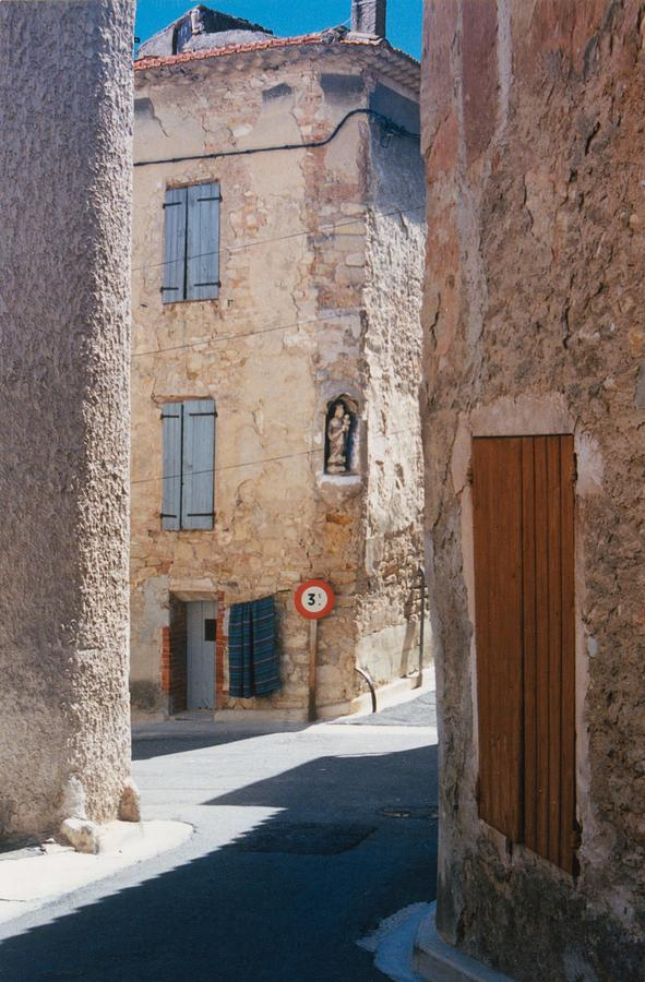 Provence France Photograph - Beaumes De Venise by Gary Peterson
