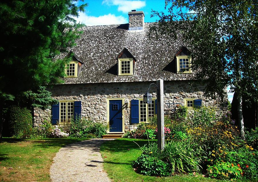 North America Photograph - Beautiful Home ... by Juergen Weiss