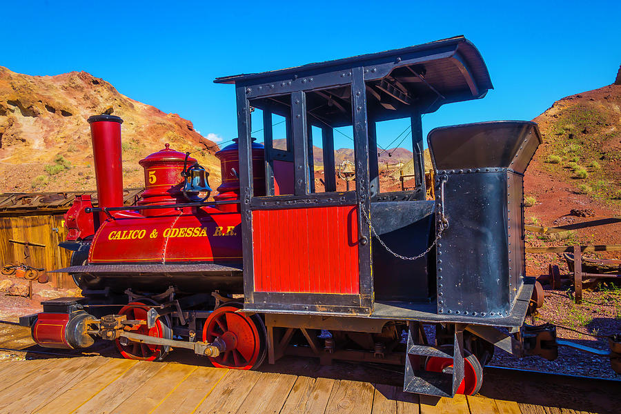 Calico Photograph - Beautiful Red Calico Train by Garry Gay