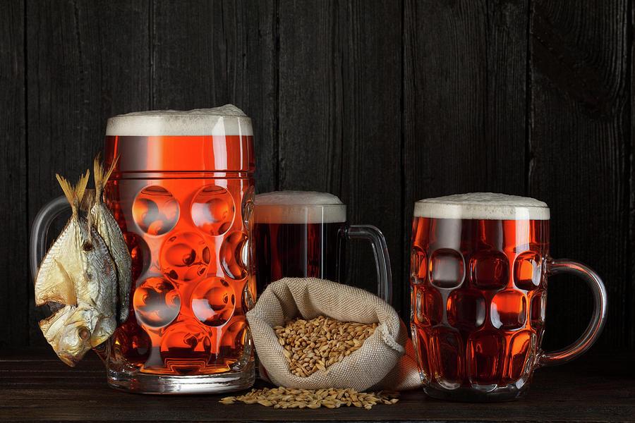 Beer Digital Art - Beer by Dorothy Binder