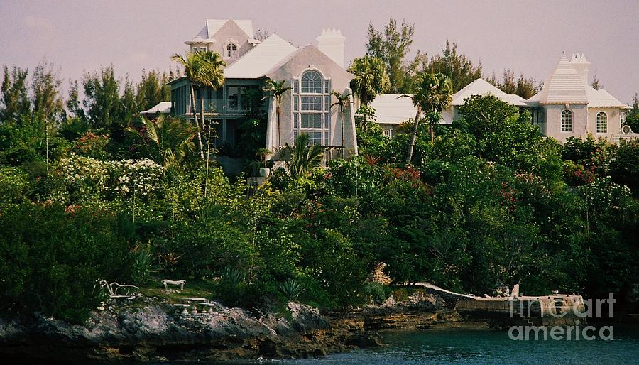 Bermuda Photograph - Bermuda Mansion Vision # 4 by Poets Eye