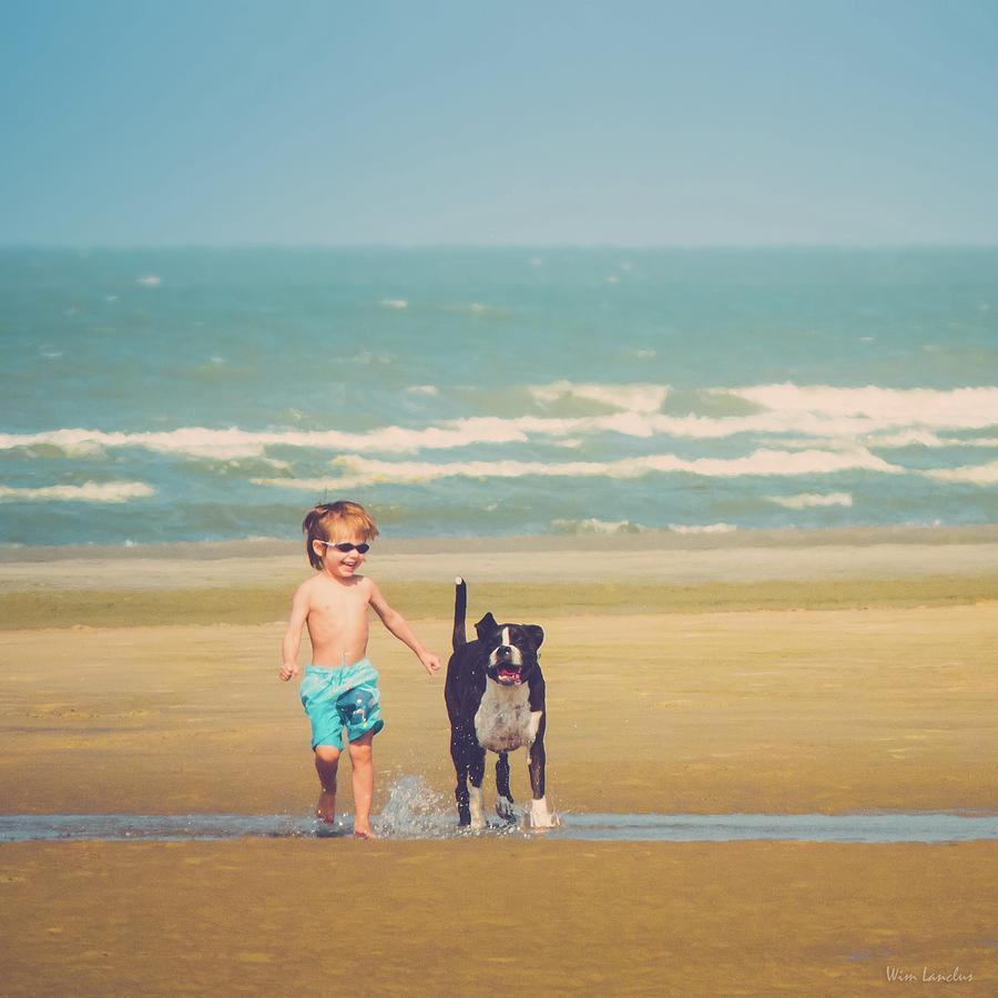 Best Photograph - Best Friends by Wim Lanclus