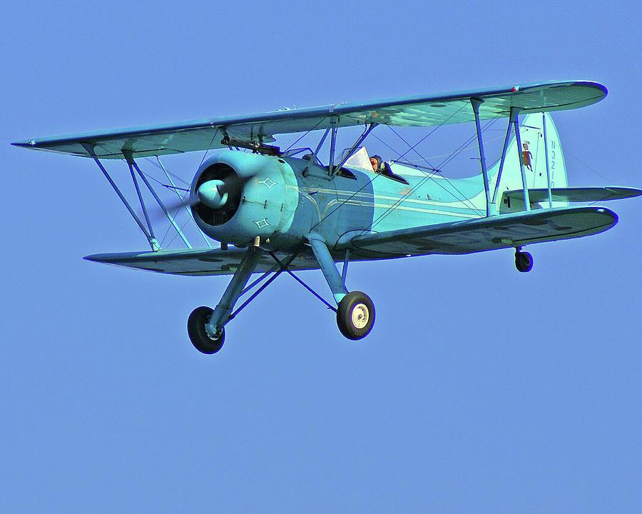 Bi-plane Photograph