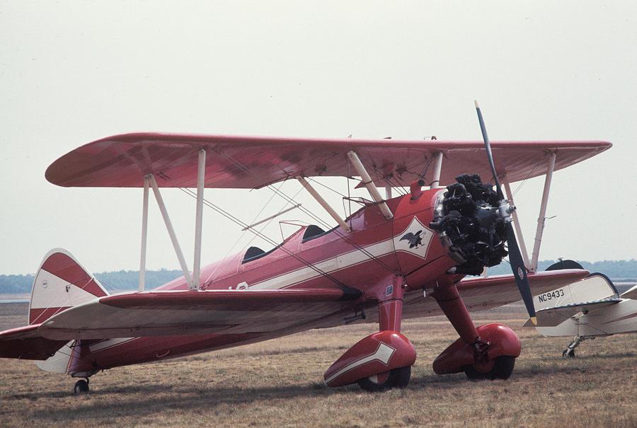 Bi-Wing-9 by Donald Paczynski