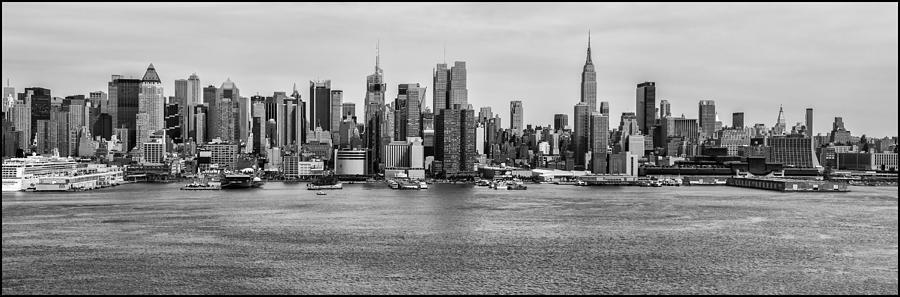 Cityscapes Photograph - Big Apple Skyline by Louis Dallara