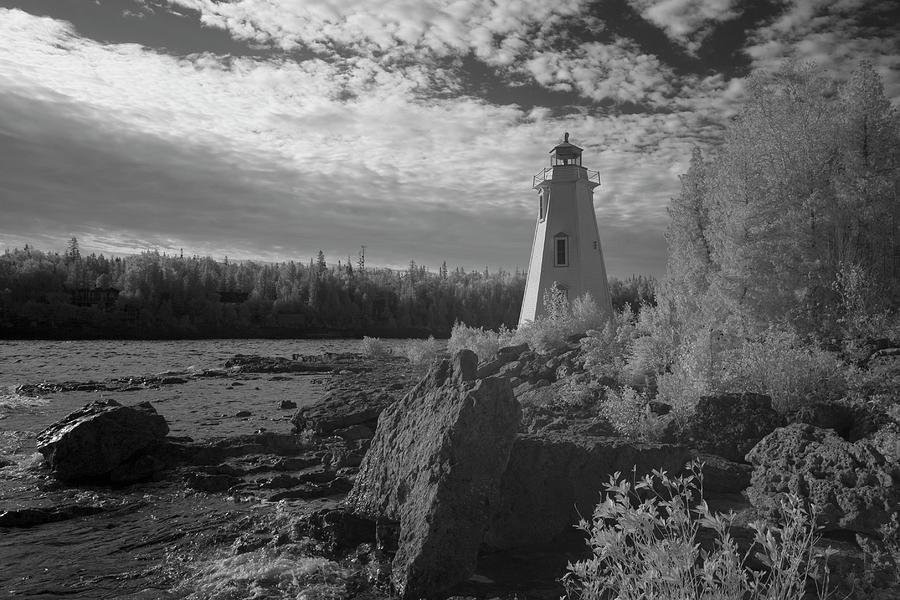 Tobermory Photograph - Big Tub Lighthouse by Catherine DeDecker