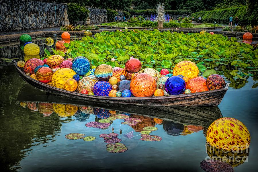 Biltmore Chihuly 4 by Buddy Morrison