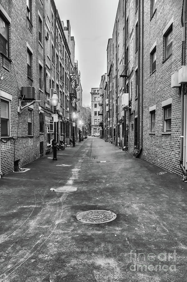Black And White Photograph - Black and White Alley in Boston by Elizabeth Dow