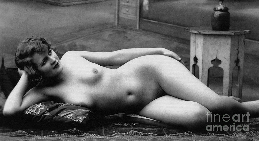 french women nude
