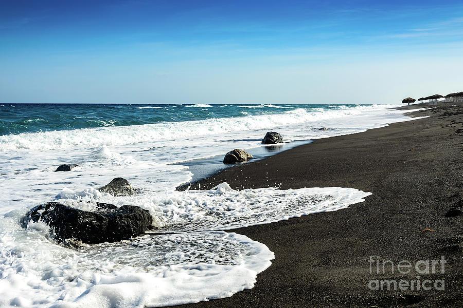 Black Sand Beach Perissa Beach Santorini Greece Photograph By Global Light Photography Nicole Leffer