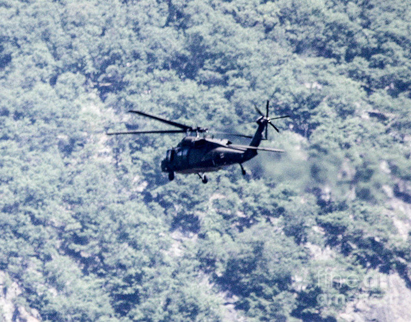 Blackhawk Uh - 60 Photograph by William Rogers