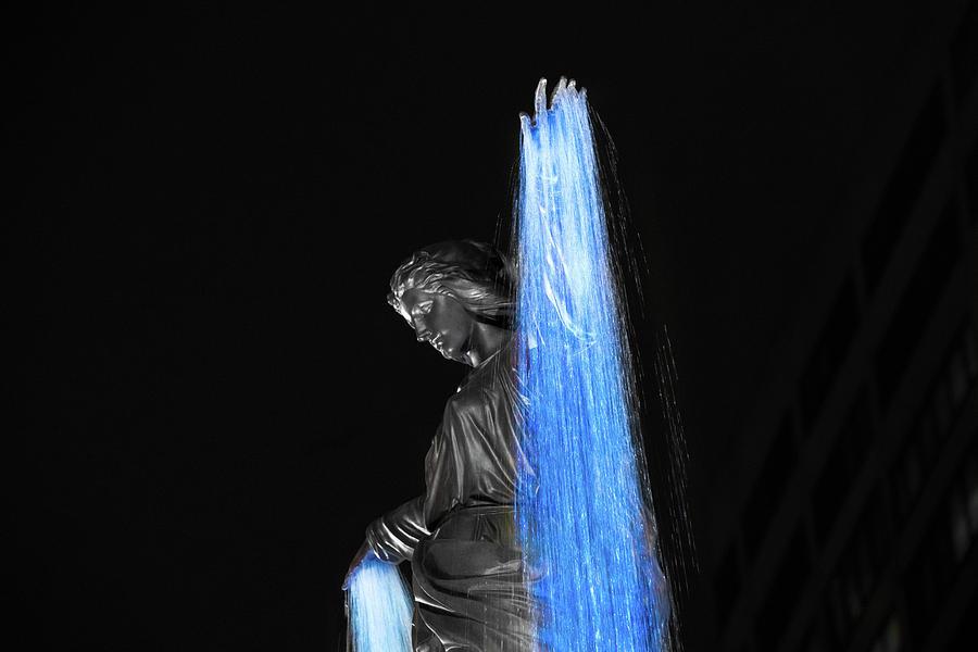 Blink Cincinnati - Tyler Davidson Fountain on Fountain Square by Craig Bowman