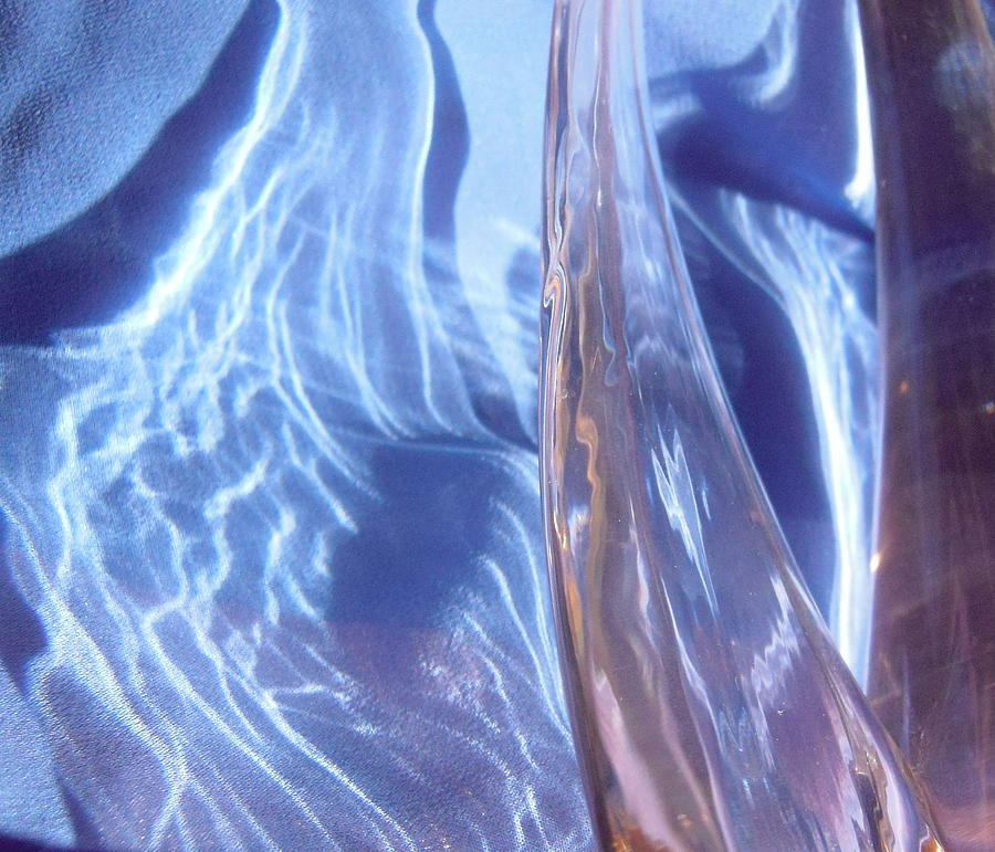 Abstract Photograph - Blue 100 by Stephanie Moore