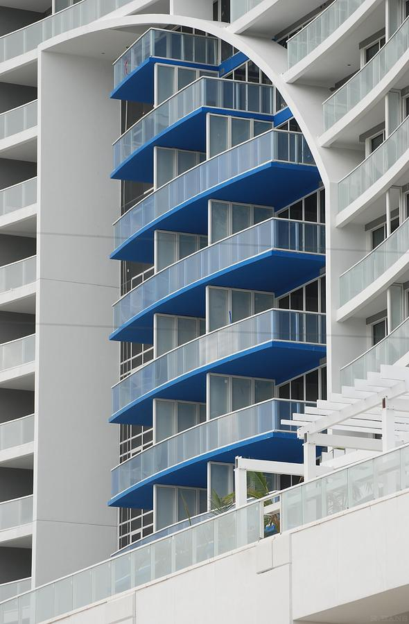 Architecture Photograph - Blue Bayu by Rob Hans
