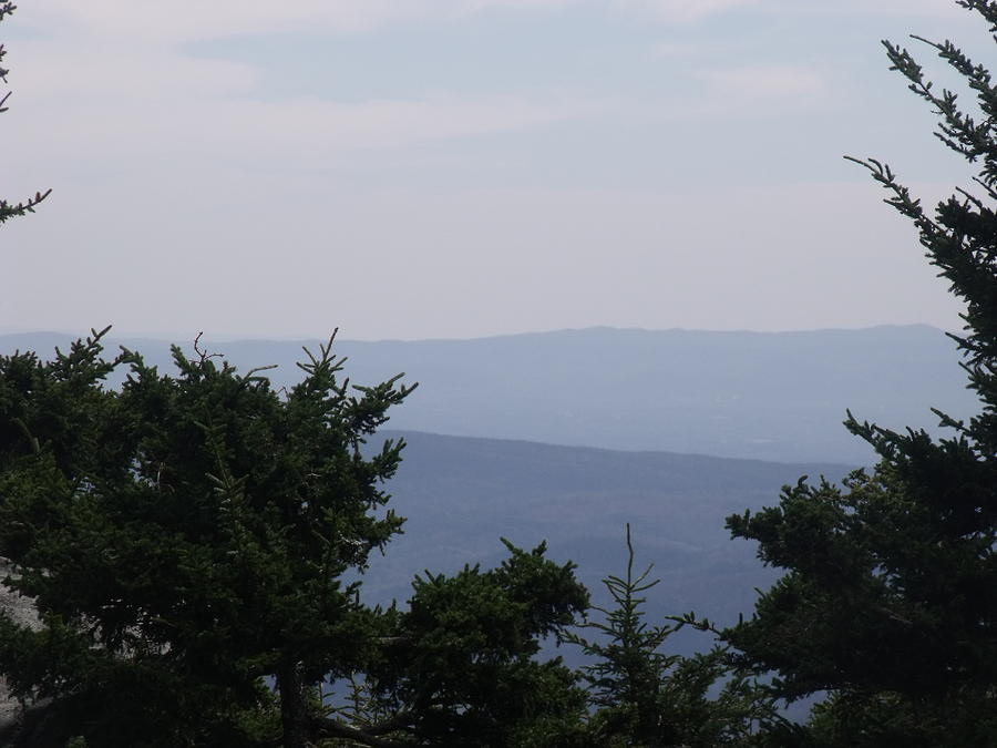 Blue Ridge Mountains Photograph - Blue Ridge Horizon by Kathleen Moore Lutz