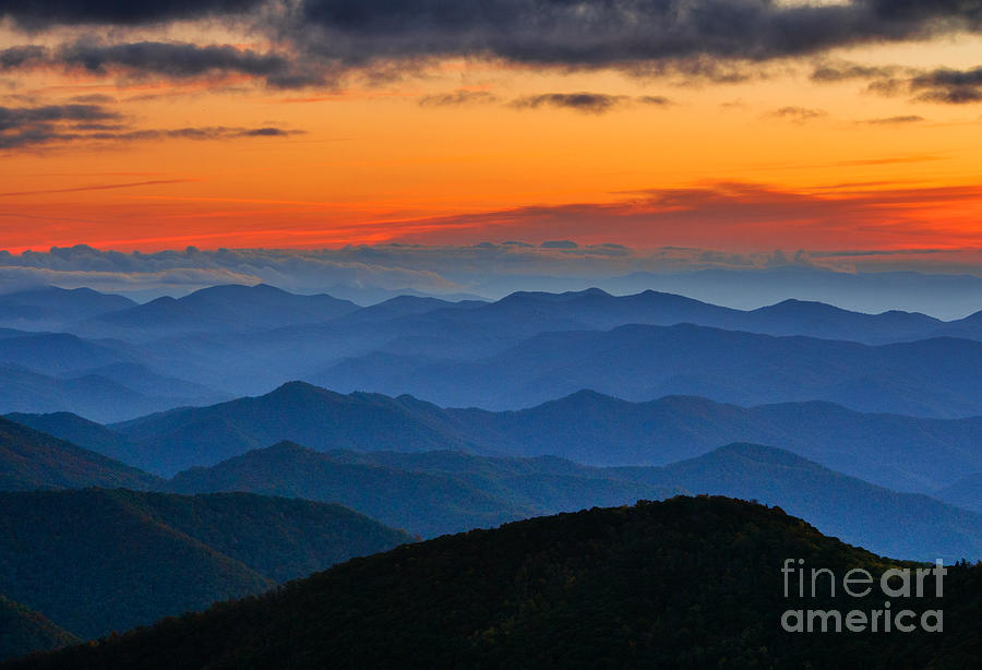 Landscapes Photograph - Blue Ridge Mountains. by Itai Minovitz
