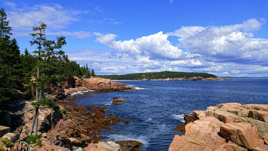 Acadia National Park Photograph - Blue Skies In Maine by Annette Holland