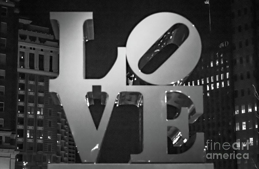 Philadelphia Photograph - Bnw Philly Love 0218b by Howard Roberts