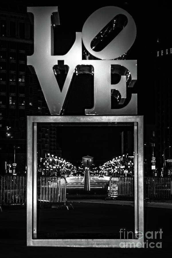 Philadelphia Photograph - Bnw Philly Love 0218c by Howard Roberts