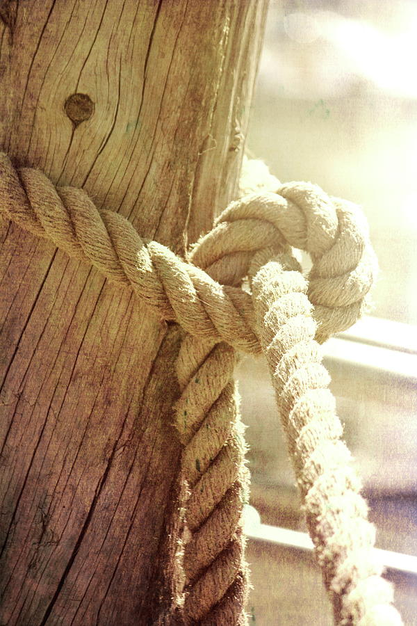 Boat Knot by Jackie Farnsworth
