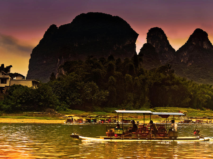 Boat Sailing In Purple Sunset-china Guilin Scenery Lijiang River In Yangshuo Photograph