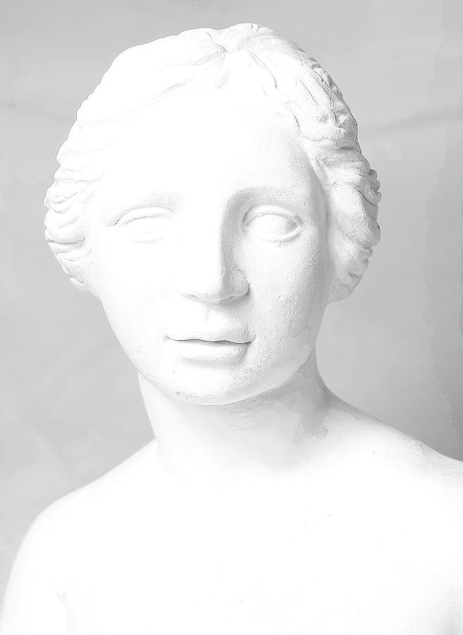 Aged Sculpture - Body Sculpture by Prasert Chiangsakul