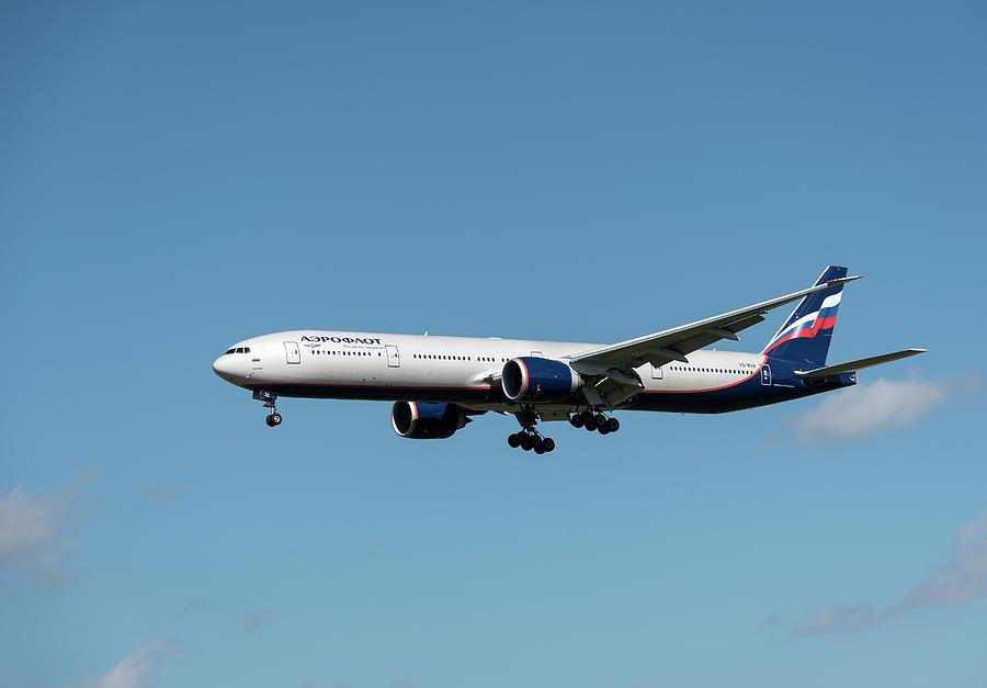 Boeing 777 Aeroflot Photograph