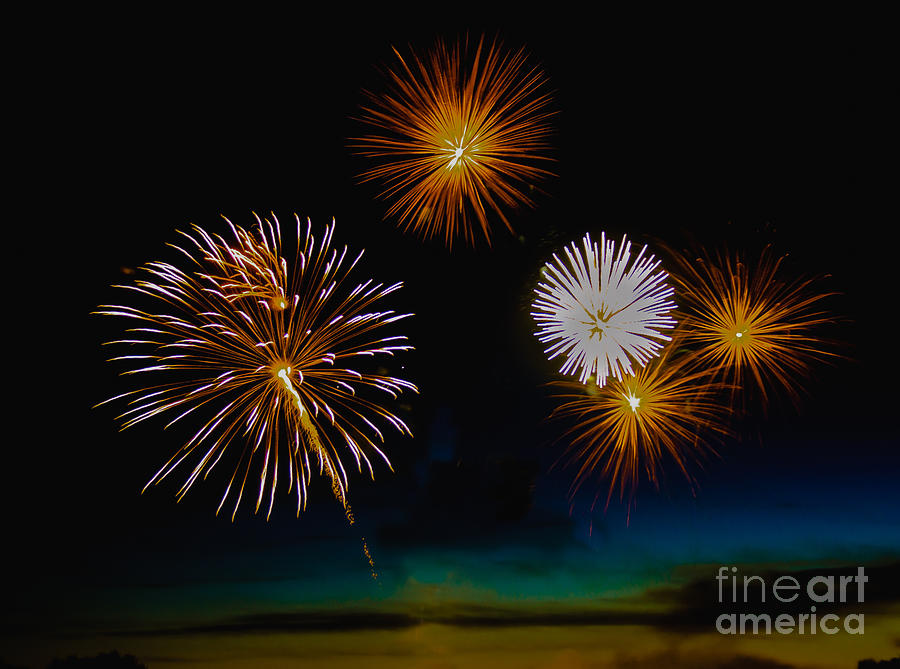 Fireworks Photograph - Bombs Bursting In The Air by Robert Bales