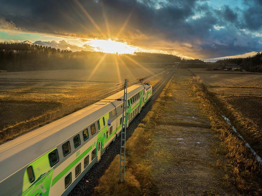 сушила так картинки поезда на закате сначала стоит немного
