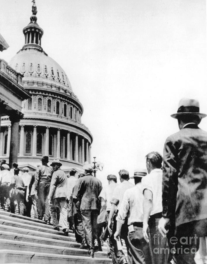 1932 Photograph - Bonus Army Marchers, 1932 by Granger