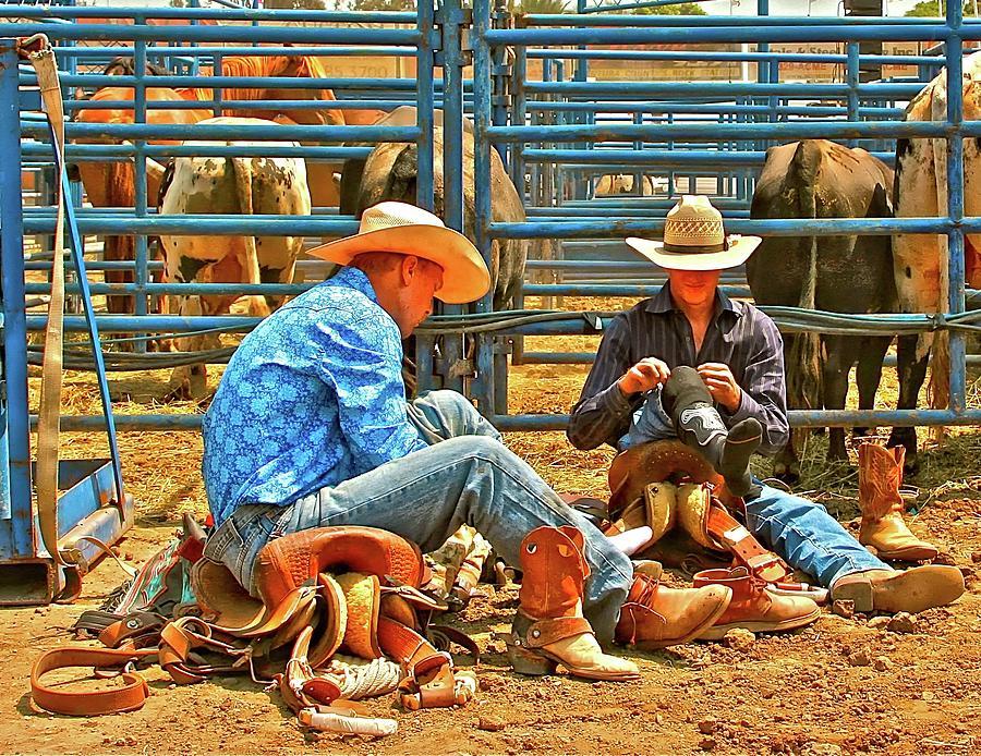 Cowboys Photograph - Boot Up by Gus McCrea